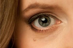 желтый белок глаз