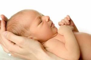 желтый белок глаз у новорожденных