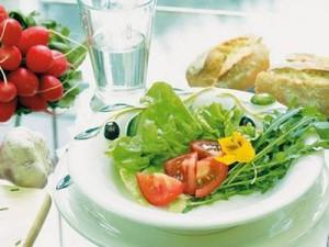 суточная норма белков у пожилых